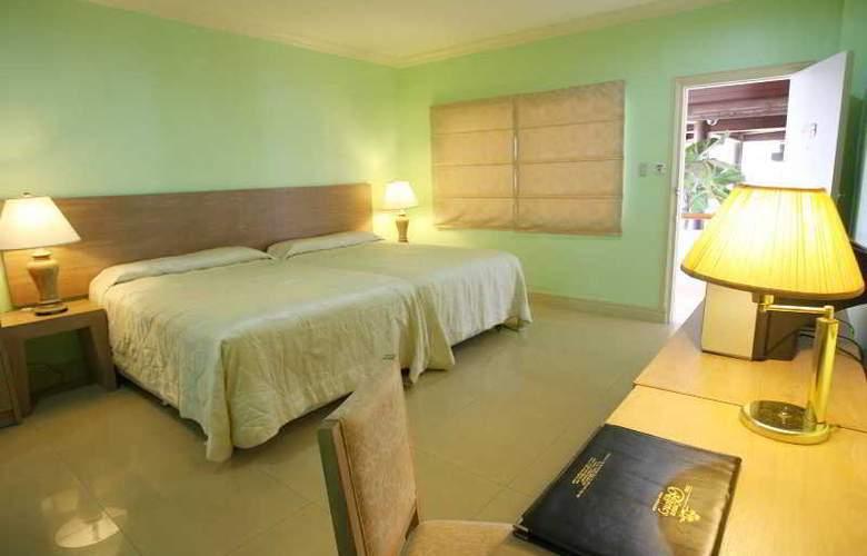 Crown Regency Residences Cebu City - Room - 10