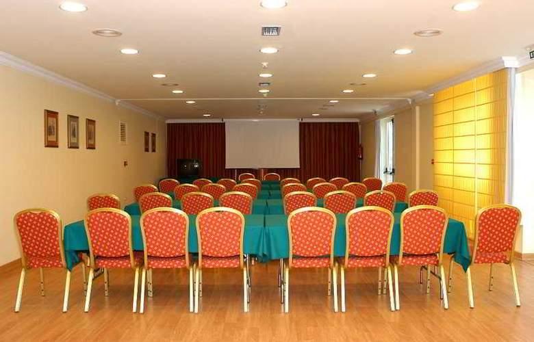 Elegance Miramar - Conference - 7