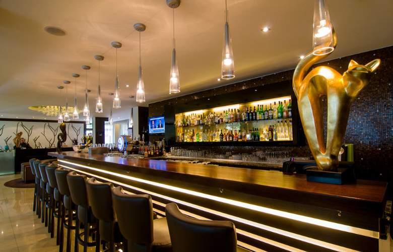 ACHAT Premium München-Süd - Restaurant - 10