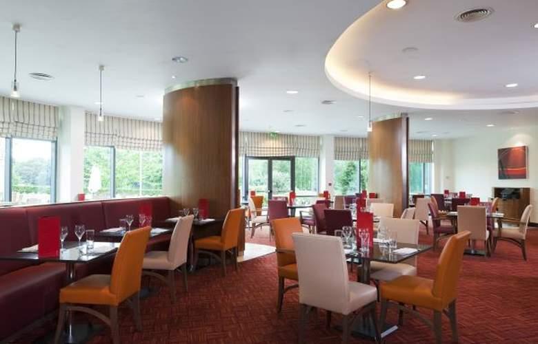 Crowne Plaza Birmingham NEC - Restaurant - 8