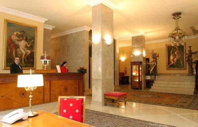 Palace Bari - Hotel - 0