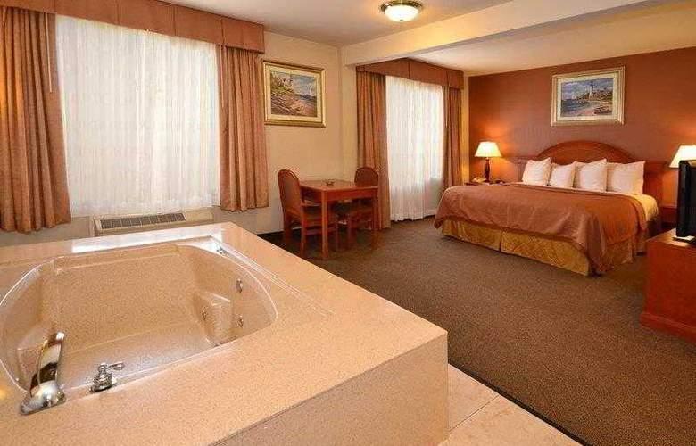 Best Western Airpark Hotel - Hotel - 11