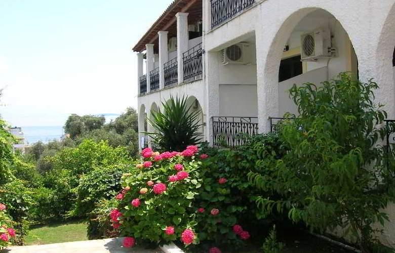 Yannis - Hotel - 3