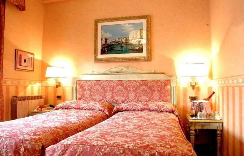 Venezia - Room - 6