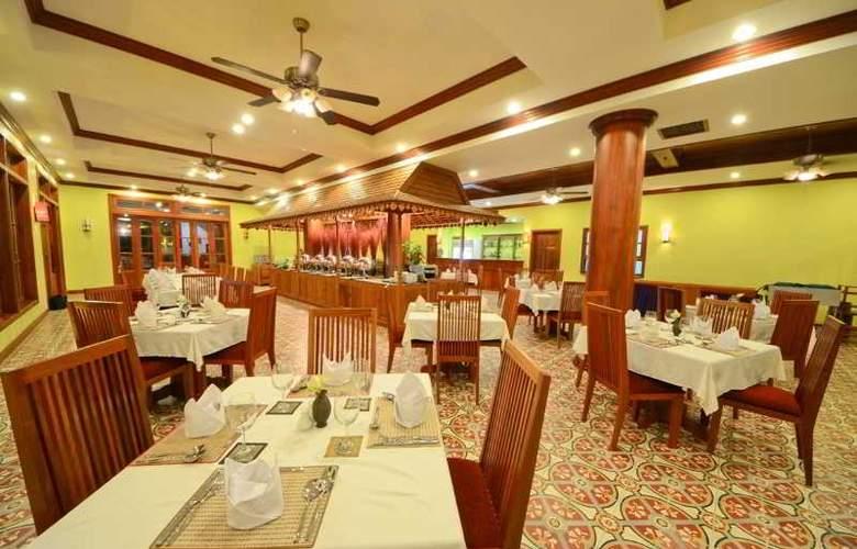 Royal Crown - Restaurant - 9