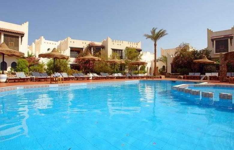 El Diwan - Pool - 3