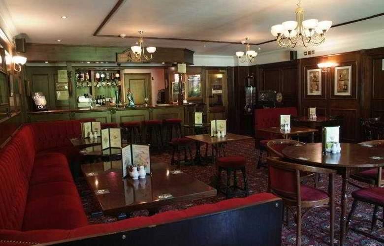 Gatwick Belmont - Bar - 5