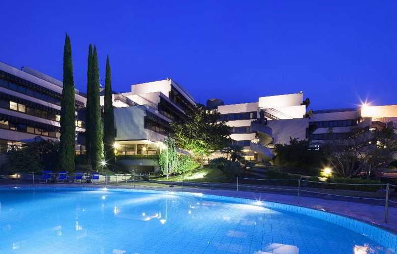 NH Villa Carpegna - Hotel - 11