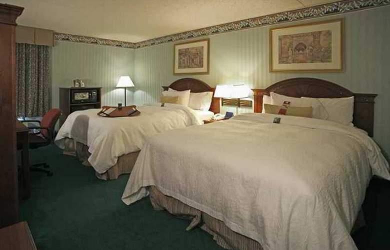 Hampton Inn Philadelphia/Mt. Laurel - Hotel - 1