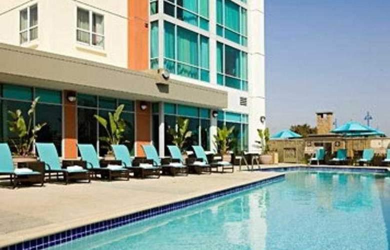 Residence Inn by Marriott Long Beach - Pool - 7