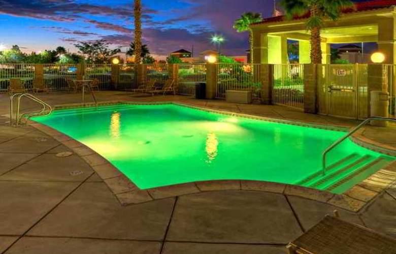 Hampton Inn & Suites Palmdale - Hotel - 6