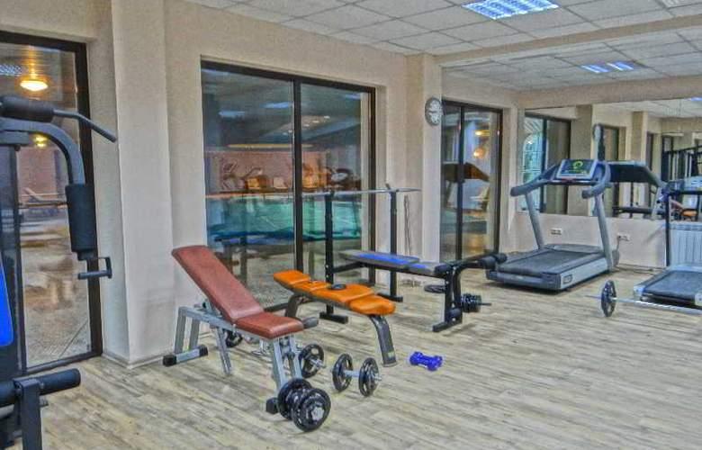 Grand Royale Hotel & Spa - Sport - 26