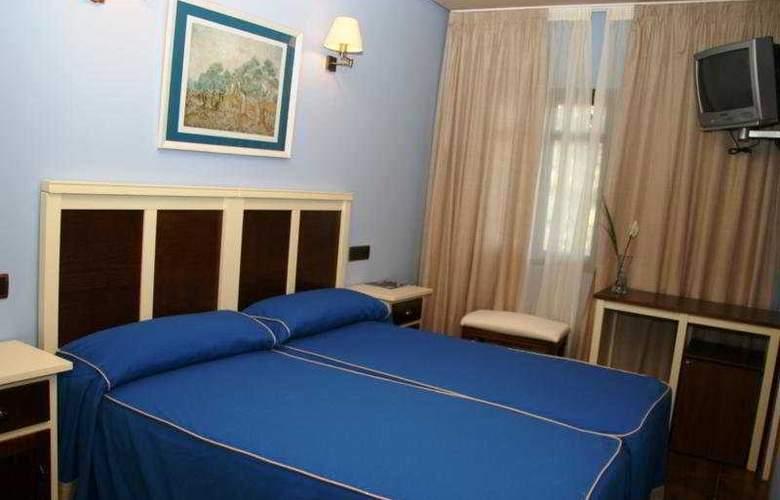 Restaurante Atalaya - Room - 3