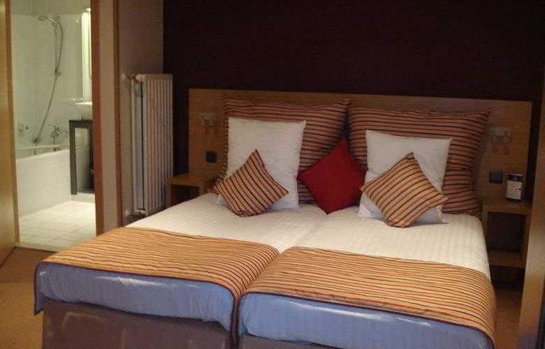 BEST WESTERN Axis Hotel - Hotel - 0