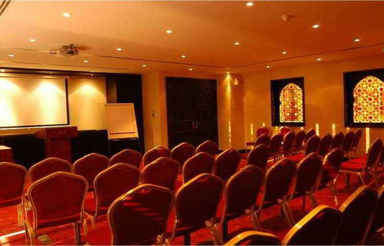 Mercure Grand Hotel Seef, All Suites - Conference - 11