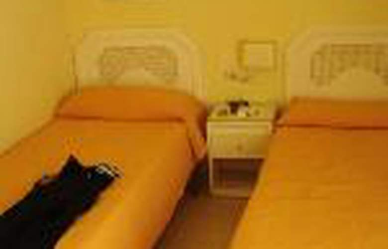 Apartamentos Mediterráneo - Hotel - 1