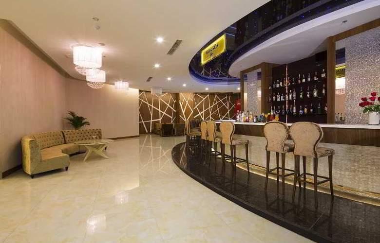 Muong Thanh Nha Trang Centre Hotel - Restaurant - 84