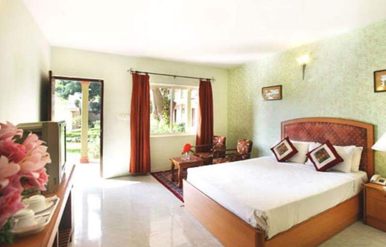 Jaya Mahal Palace - Room - 7