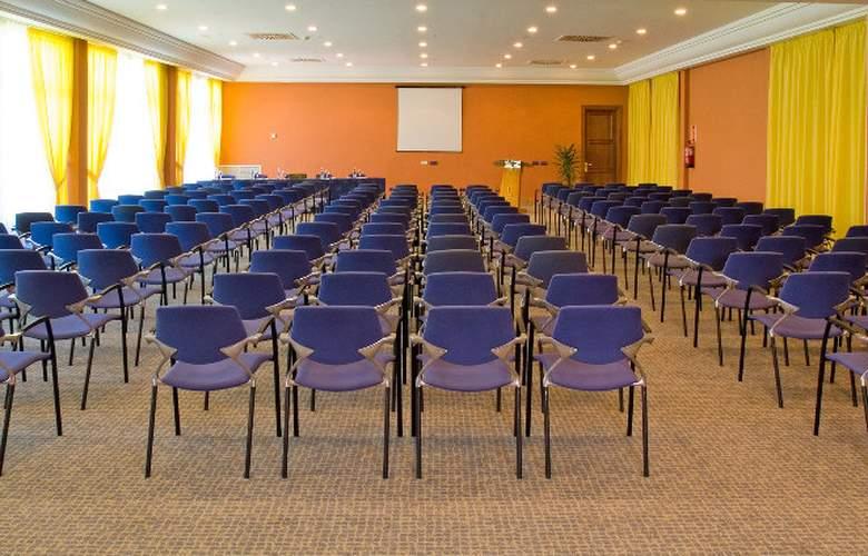 Hipotels Barrosa Palace & SPA - Conference - 5