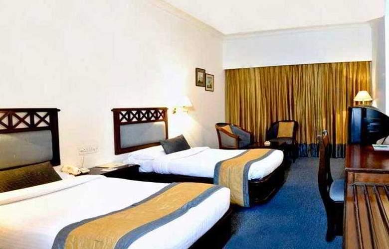 Quality Inn DV Manor - Room - 4