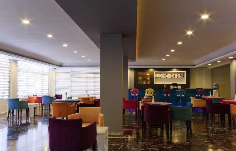 Vela Hotel - Bar - 10