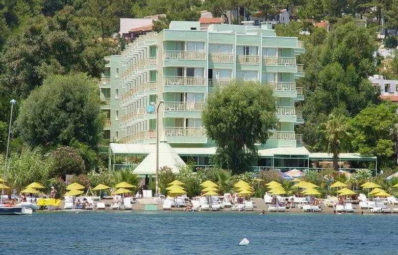 Flamingo - Hotel - 0