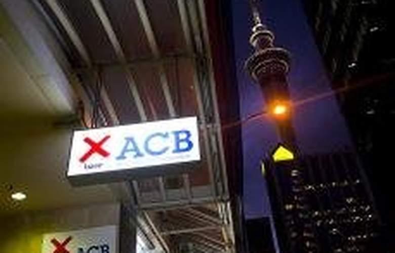 Base Auckland - Hotel - 0