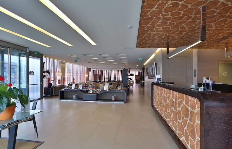 Best Western Hotel Goldenmile Milan - General - 8