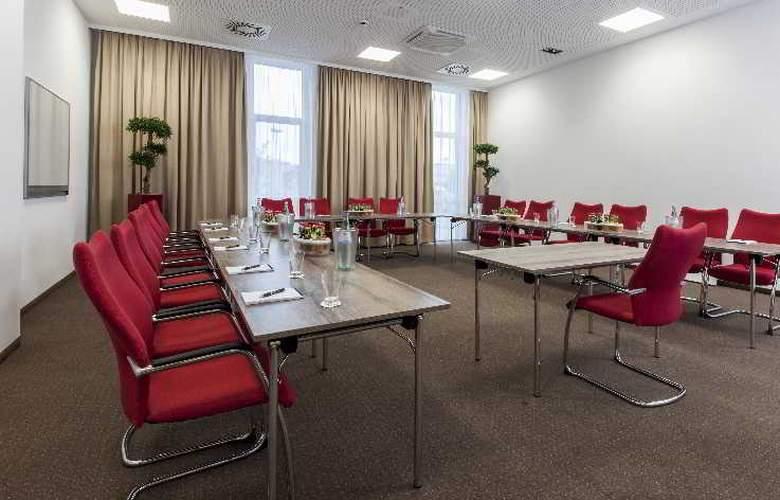 Star Inn Hotel Premium Munchen Domagkstrasse - Conference - 4