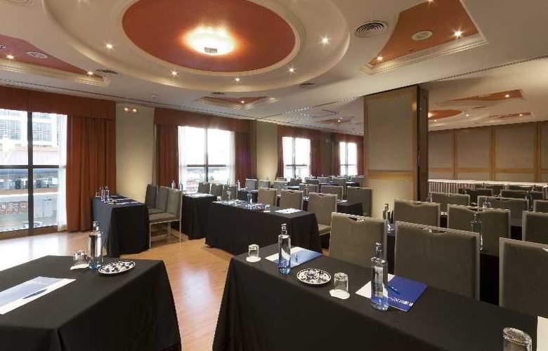 Via Castellana - Conference - 14