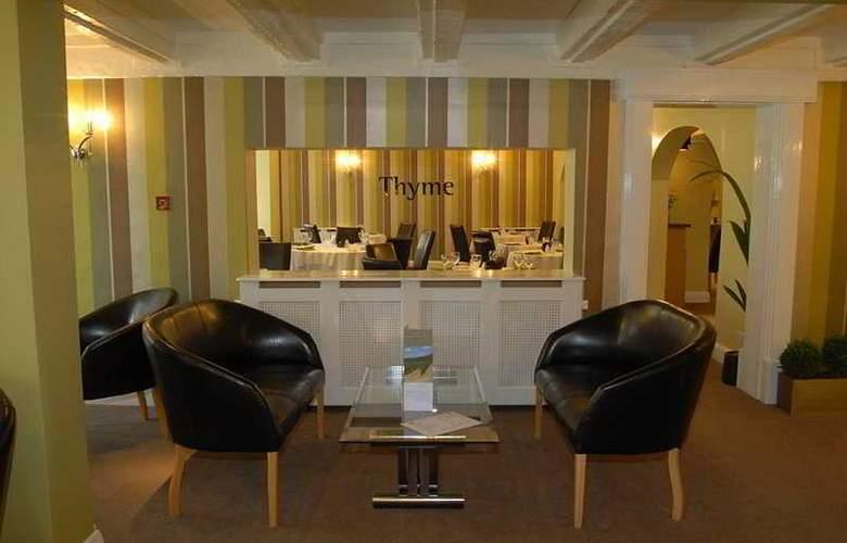 International Hotel - Restaurant - 7