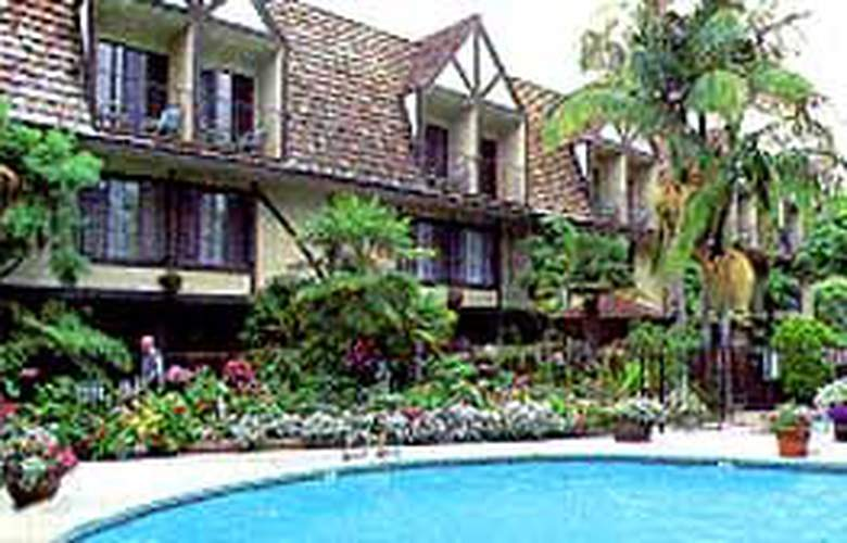 Clarion Carriage House Inn Del Mar Inn - Hotel - 0