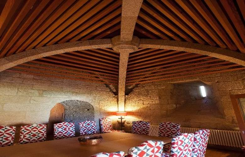 Parador Castillo de Monterrei - Restaurant - 4