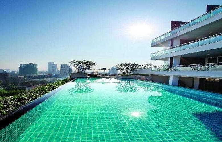 Pan Pacific Serviced Suites - Pool - 4