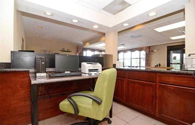 Best Western Executive Inn - Hotel - 38
