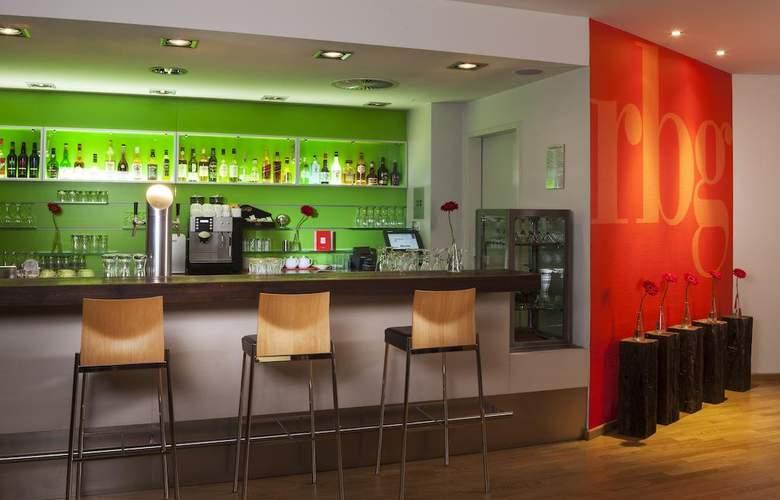 Park Inn by Radisson Nurnberg - Bar - 3