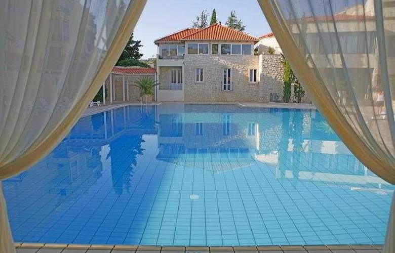 Waterman Supetrus Resort - Hotel - 0
