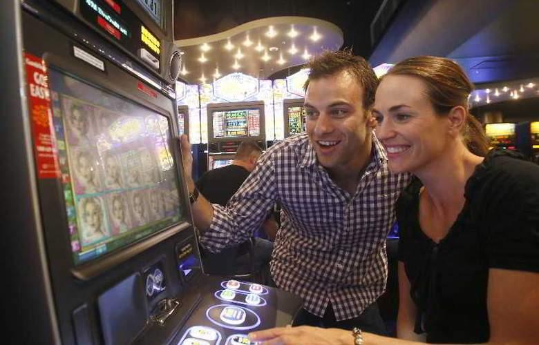 Lasseters Hotel Casino - Sport - 16