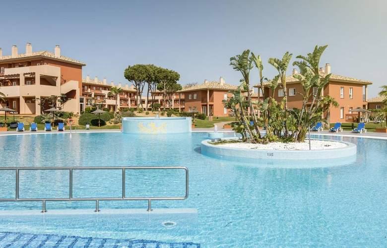 Aparthotel Ilunion Sancti Petri - Pool - 17