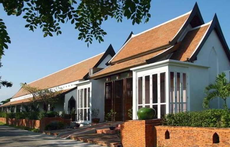 Tharaburi Resort Sukhothai - Hotel - 0