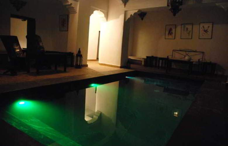 Riad Dar Bounouar - Pool - 11