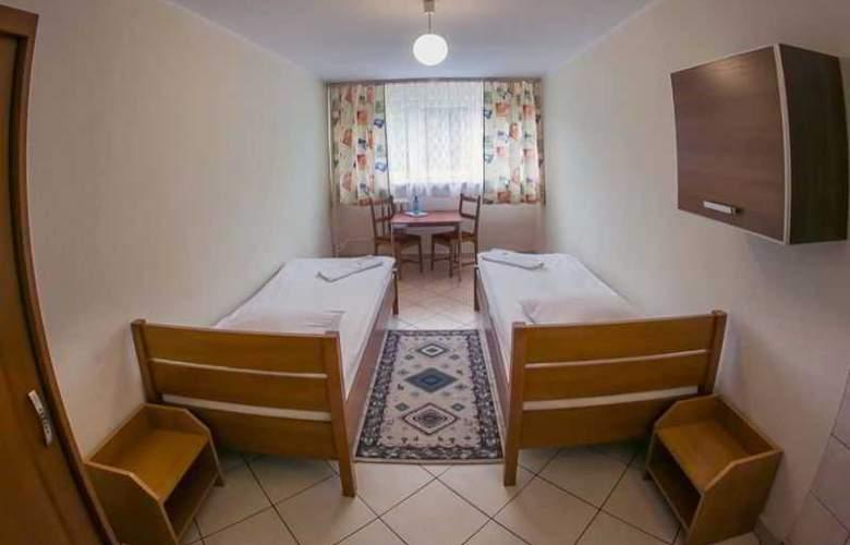 Trio Hostel - Room - 3