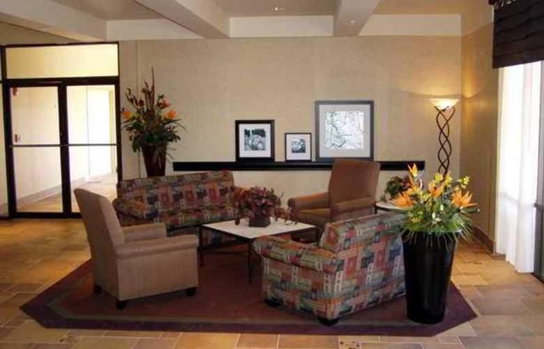 Hampton Inn Lake Havasu City - Hotel - 9