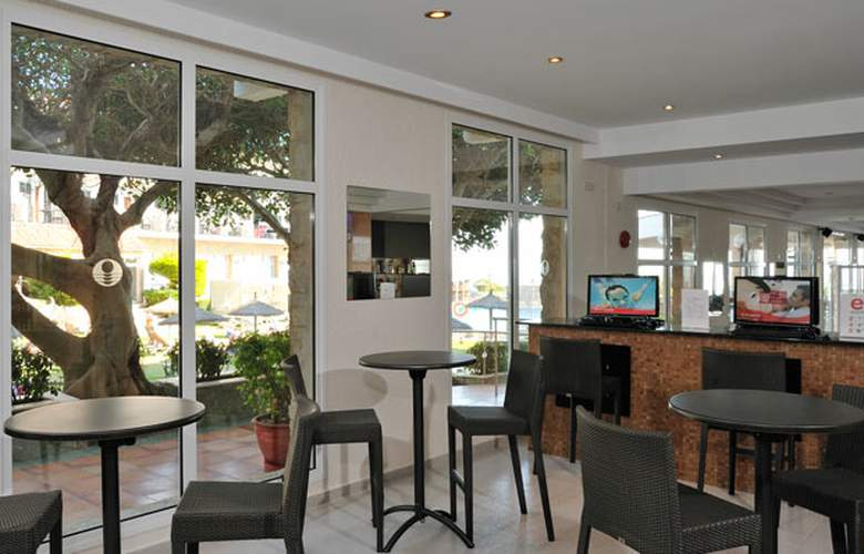 Sol Beach House Menorca - Services - 6