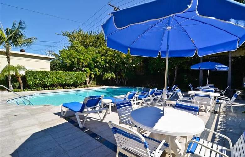 Best Western Newport Mesa Hotel - Pool - 122
