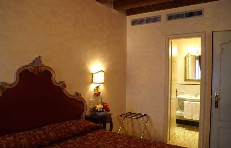 Tiziano - Room - 5
