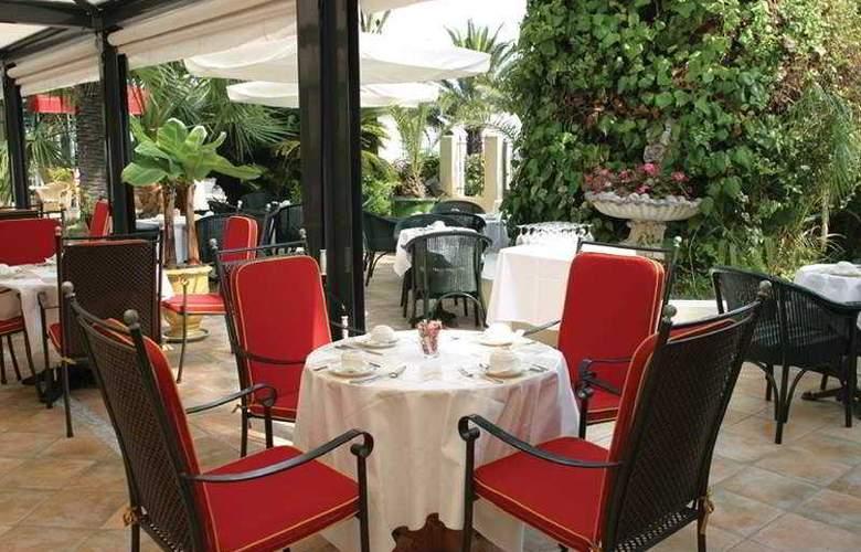 West End - Restaurant - 10