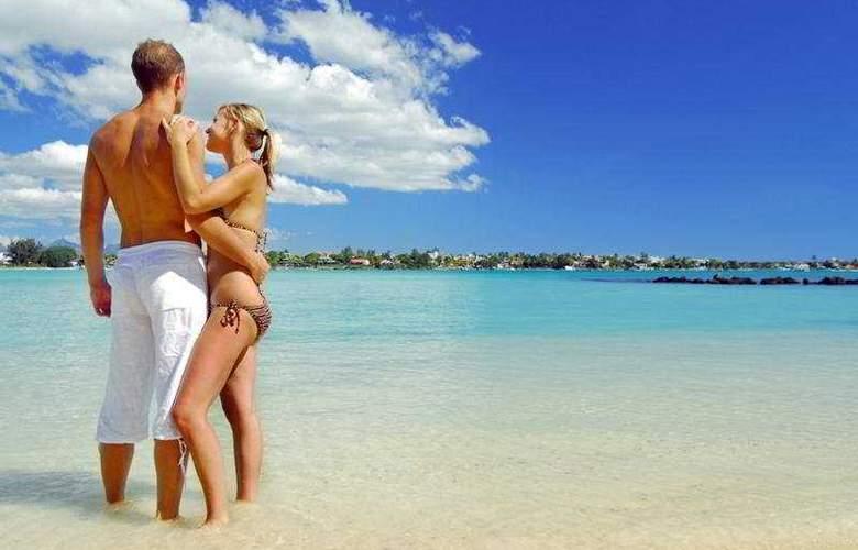 Le Mauricia Beachcomber Resort & Spa - Beach - 28