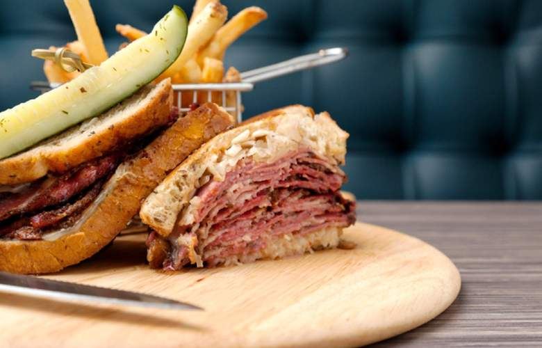 Boston Hotel Buckminster - Meals - 6