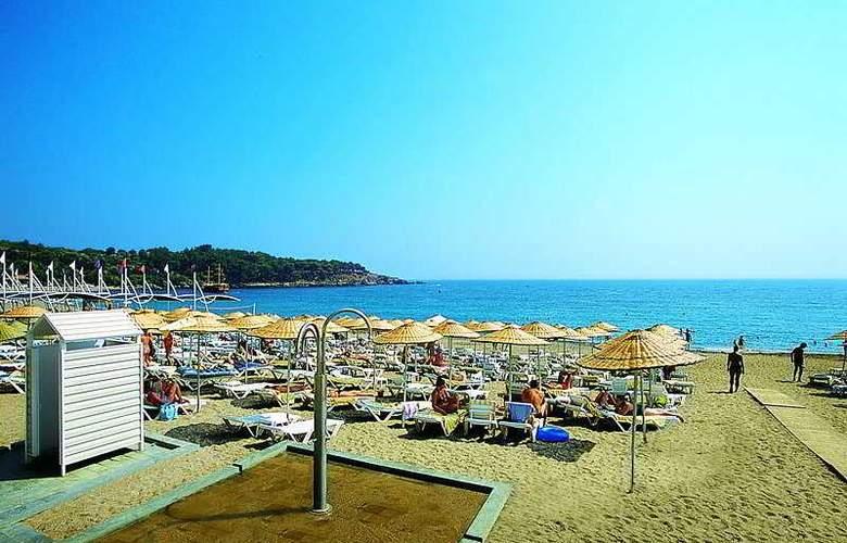 Leodikya Resort - Beach - 4